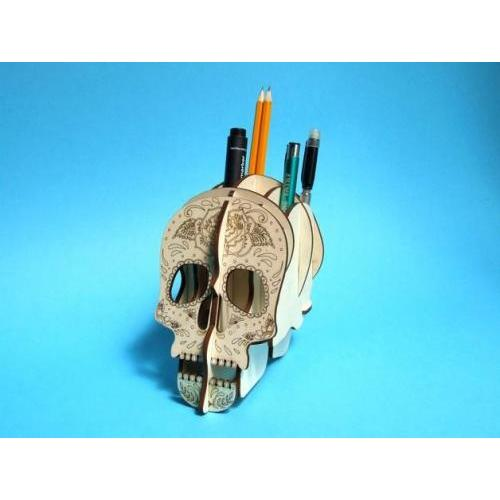 Sugar skull pen holder