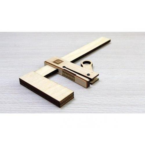 Wooden bar clamp