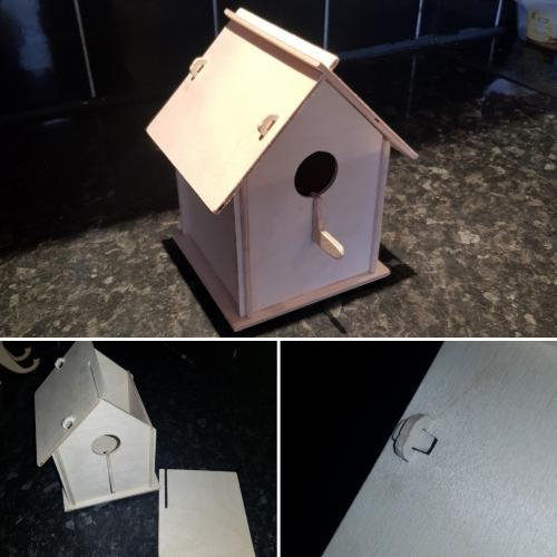 Slot Birdhouse